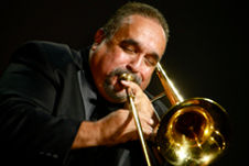 Salsa Giant, Willie Colon, thrills the guests with his wonderful music at Fallen Angel Theatre Company's 2014 Gala Benefit, at Mutual of America.