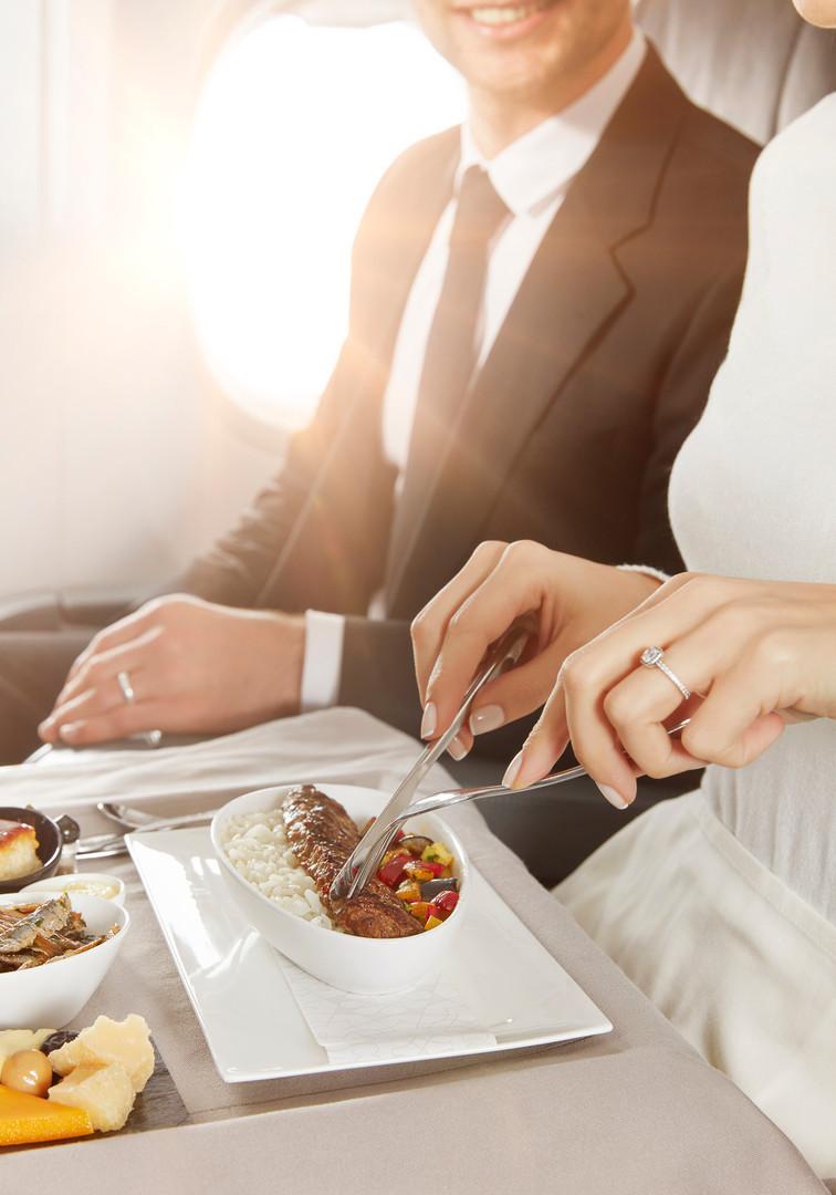 T_airplane_food_87089*0*-0-.jpg
