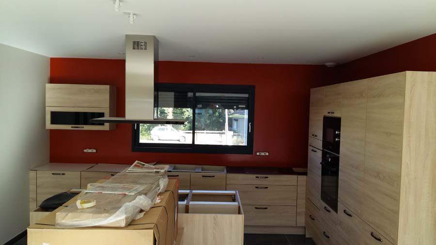 peinture mur de cuisine rouge