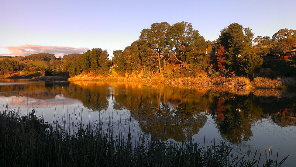 Lake-Samball-Beechworth.jpg