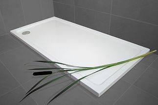 urban-shower-tray-rectangular-lifestyle.