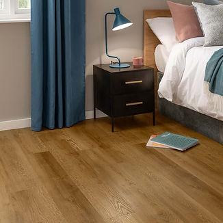 22673-sb5w3077-voyage-oak-stripwood-7x48