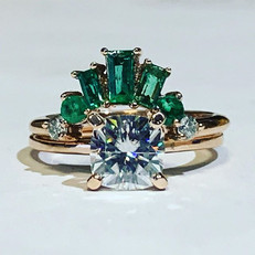 We just love how these natural emerald a