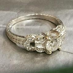 Art Deco inspired engagement ring! #artd