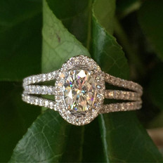 Triple row halo design with oval center,