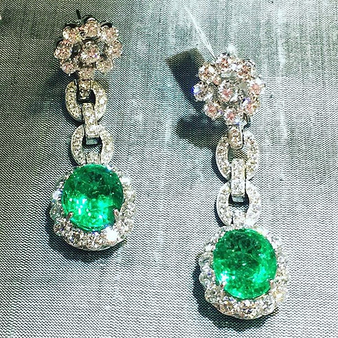 Important emeralds each weighing over 8
