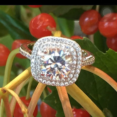 Double halo engagement ring by Tresor Je