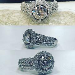 Beautiful halo 😇 engagement ring 💍 fre