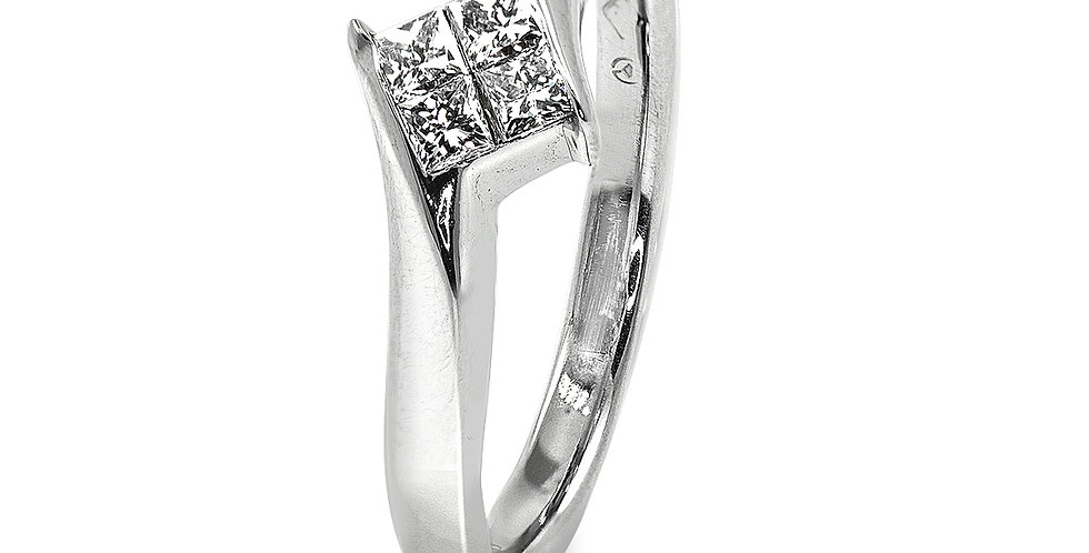 PRE OWNED: 18ct White Gold 4 Stone Princess Cut 0.24 Diamond Ring