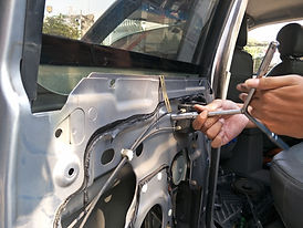 The process of repairing the car electri