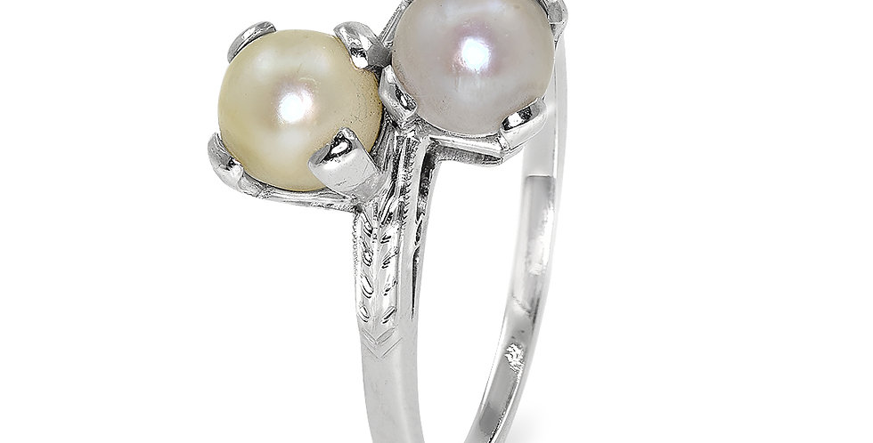 PRE OWNED: 18ct White Gold Pearl Ring