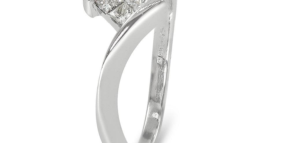 PRE OWNED: 18ct White Gold 4 Princess Cut Diamond Twist Ring