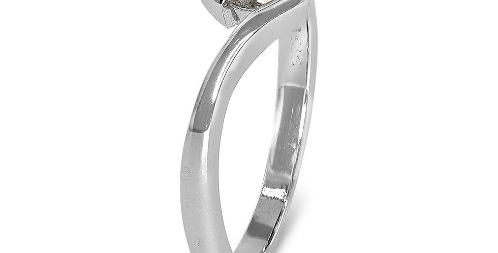 PRE OWNED: 9ct White Gold 0.15 Marquise Diamond Solitaire Ring