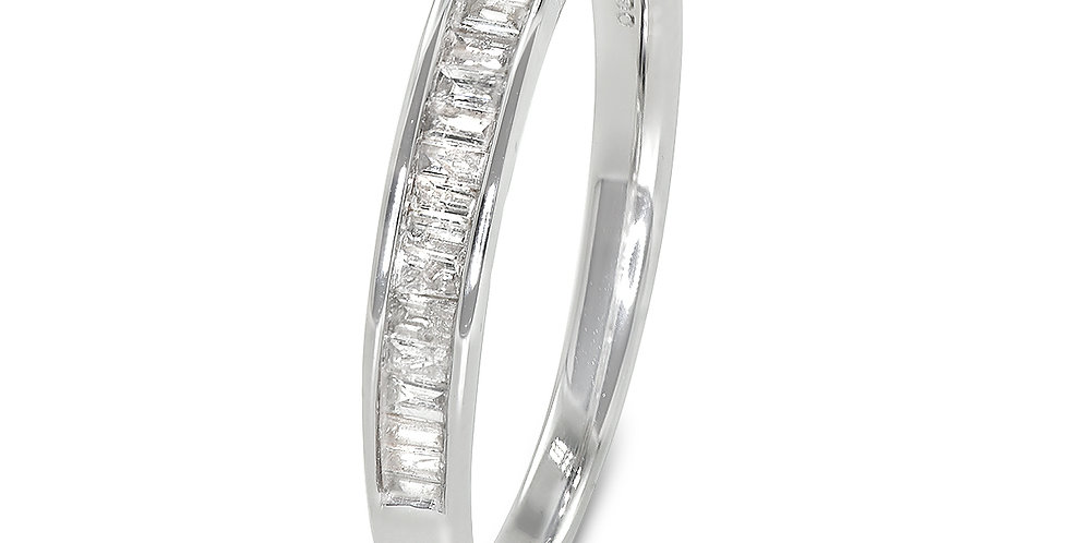 PRE OWNED: 9ct White Gold Baguette Cut Diamond Ring