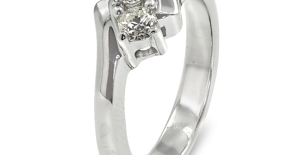 PRE OWNED: 18ct White Gold 2 Stone Diamond Crossover Ring 0.25 TCW