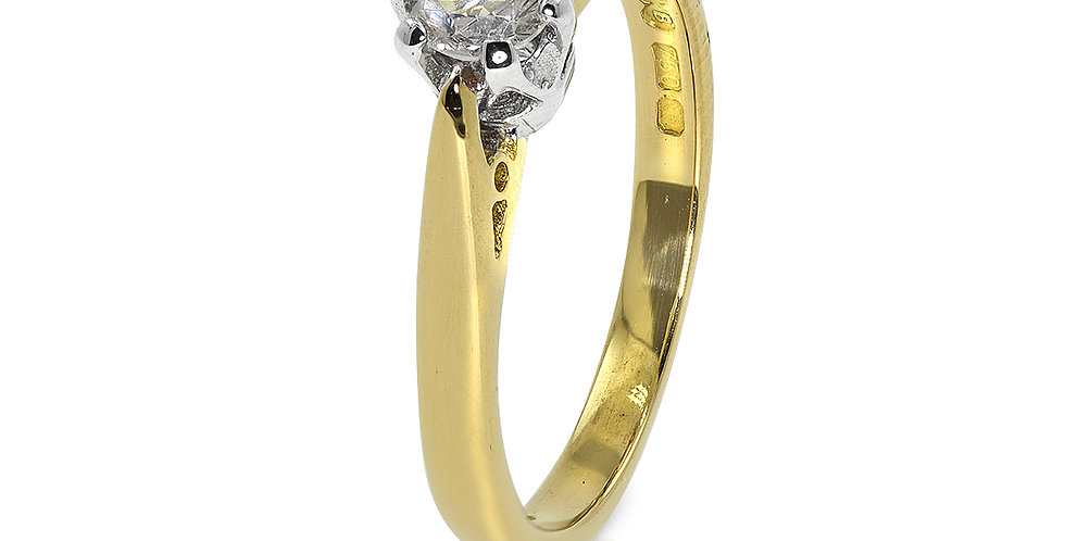 PRE OWNED: 18ct Yellow Gold 0.33 CT Diamond Solitaire Ring