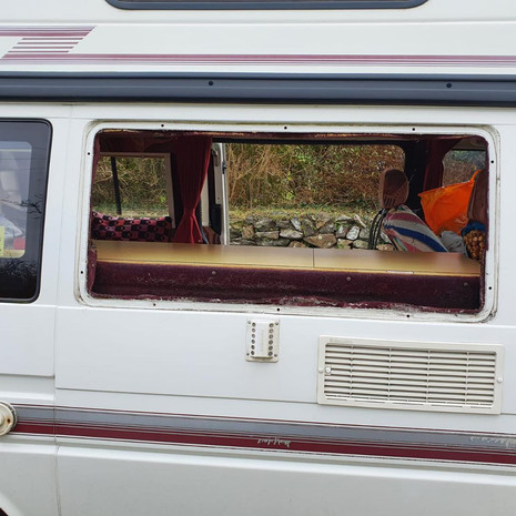 Replacement Window Seals VW Transporter Trident   Lanner