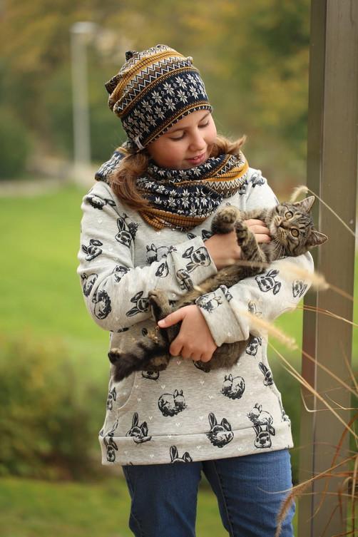 Tolle Kinderhauben und Pullover   Soreich