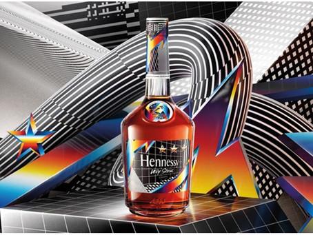 Splendide graphisme de packaging de cognac inspiré du digital