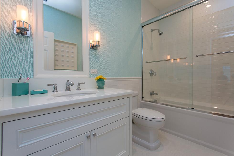 Greenbrier Kids Bathroom.jpg