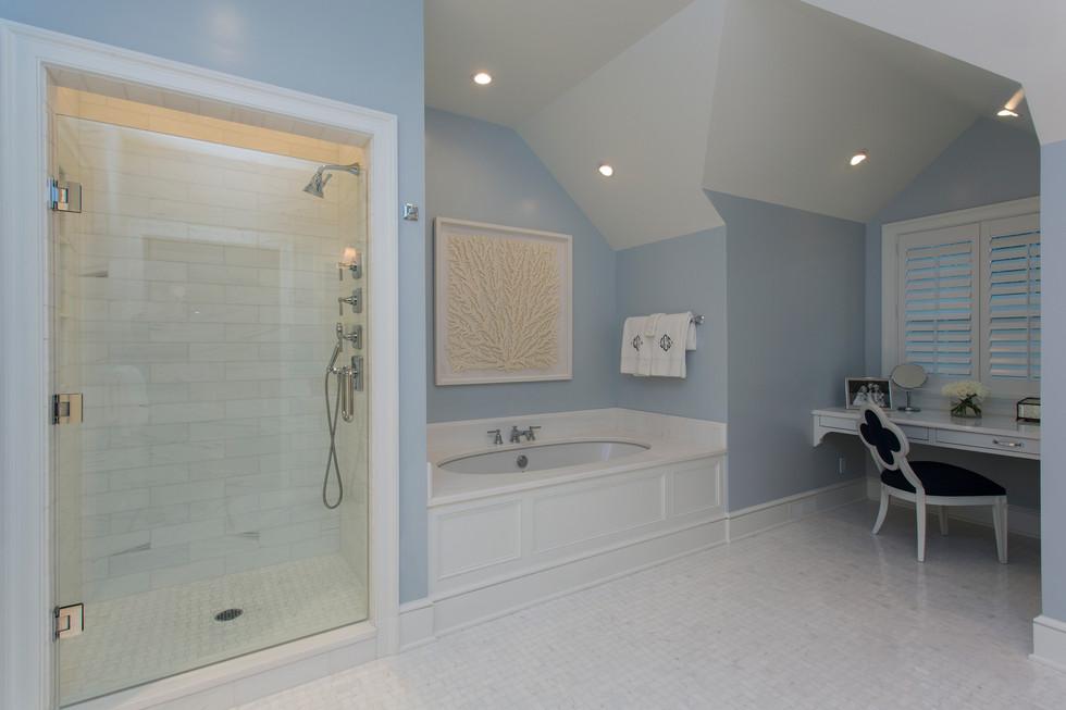 Greenbrier Master Bathroom 1.jpg
