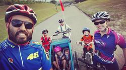 Família Pedal 7 #familiapedal7  #thule  #thulebrasil  #specialized #rockhopper #jinx #paisefilhos  #