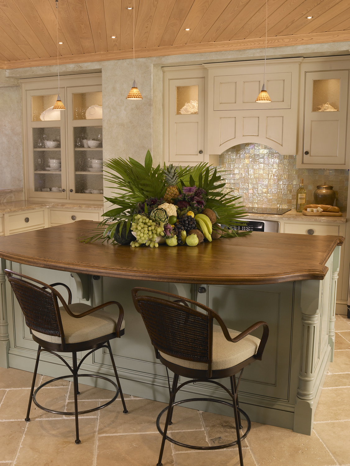 Kitchen Island 1.jpg
