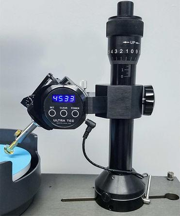 Ultra Tec VL mast with digital display