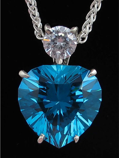 Ultra Tec faceted gemstone pendant, Steve Sweetman, bespokegems.uk