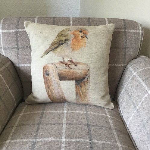 Robin Redbreast Natural Linen Cushion