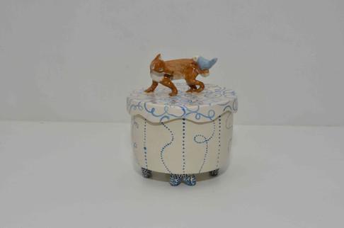 Fox and bird box