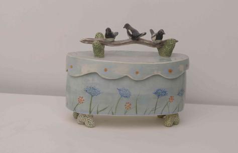 3 Magpies Box