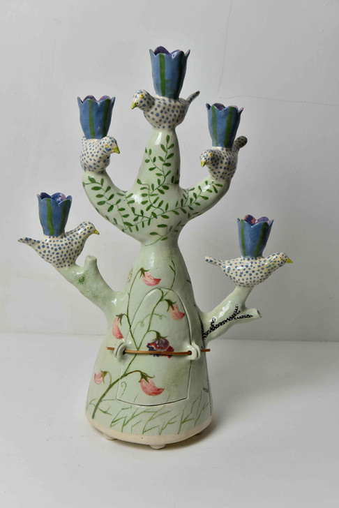 pale green candelabra, five birds and sweetpeas