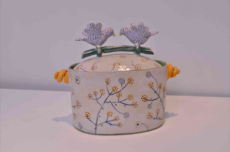 Oval Bird Box with Parsley Grass