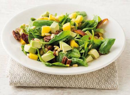 Spinazie-mango salade