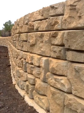 Big Block Retaining Wall