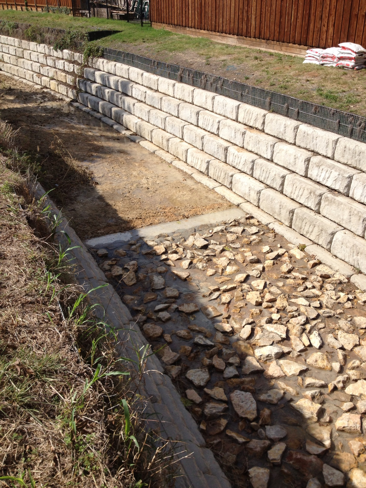 segmental retaining wall