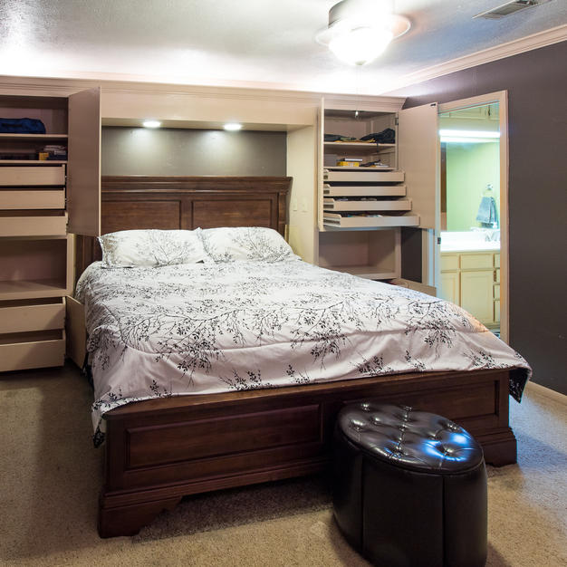 Master w/ built-ins & pull outs.