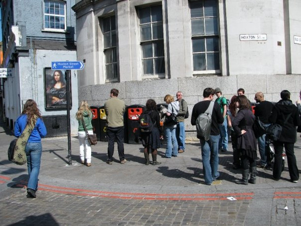 Be My Medici on public display, Hoxton, London, 2009.
