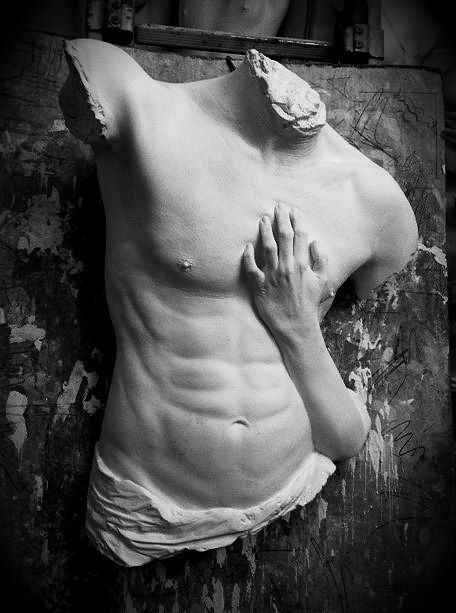 Achlys at the Heart of Ambiguity or Tangere me, plaster, life-size, 2018.
