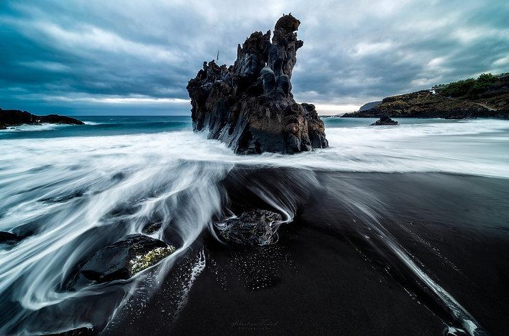 Volcanic-Beach-2048.jpg