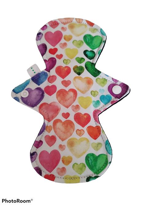 "9"" Jersey, regular cloth pad, rainbow hearts on white"