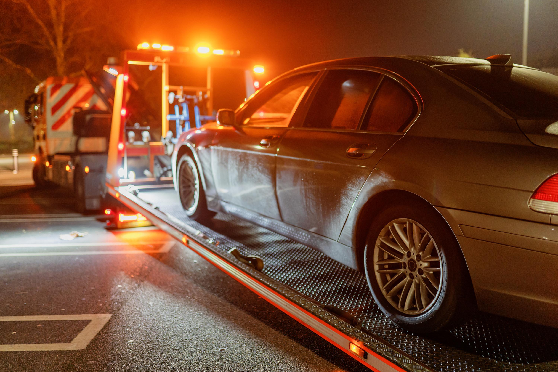 Vehicle recovery & Storage