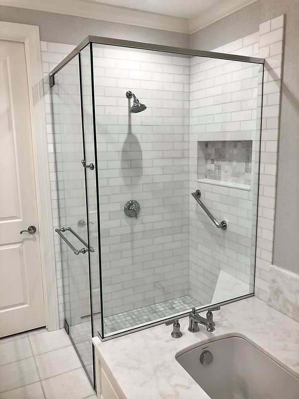 Master Shower with Tub.jpg