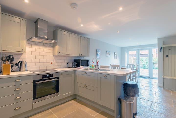 Stylish Home Holt