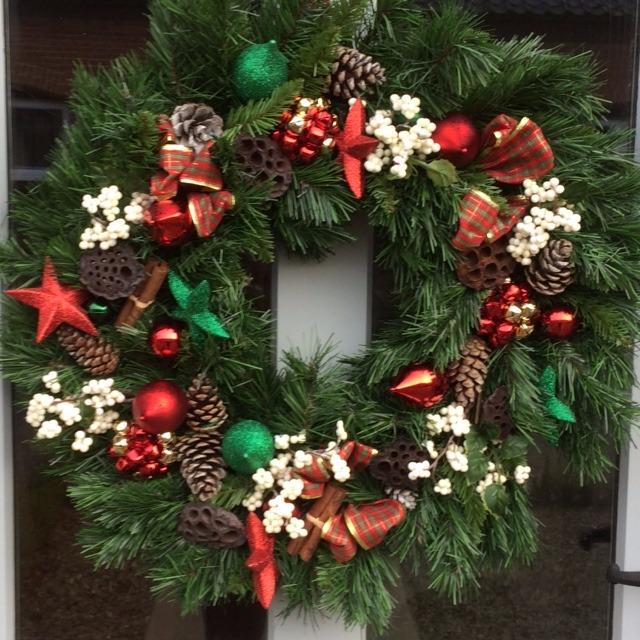 Wreath by Hanna's Flowers