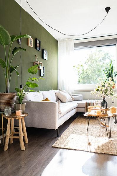 Bright, green house jane-duursma-yxVDv1h