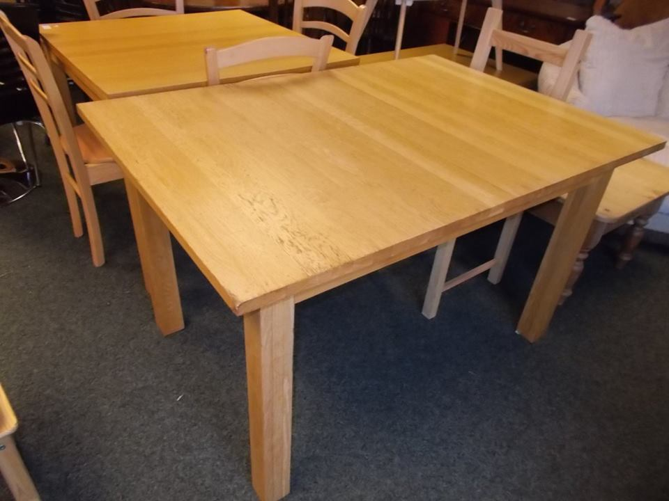 BEECH EXTEND TABLE £65