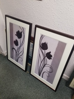 """PAIR OF BLACK AND WHITE PICTURES 32"""" X 19"""" £10 THE PAIR"""