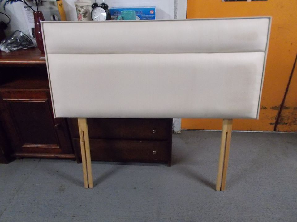 SMALL DOUBLE CREAM HEADBOARD £10